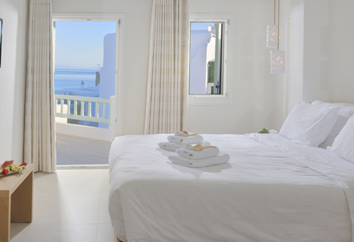EXECUTIVE DOUBLE ROOM SEA VIEW